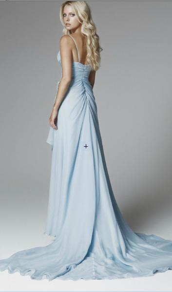 ba49aff56bb9 Abiti da sposa azzurro polvere Abiti Da Sposa Di Design
