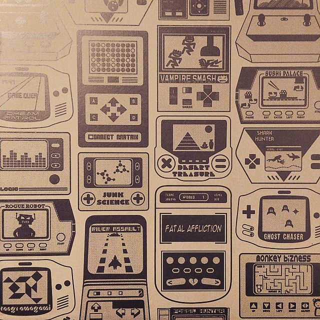 Bathroom Design Games: Retro Video Game Console Wallpaper On The Bathroom Walls