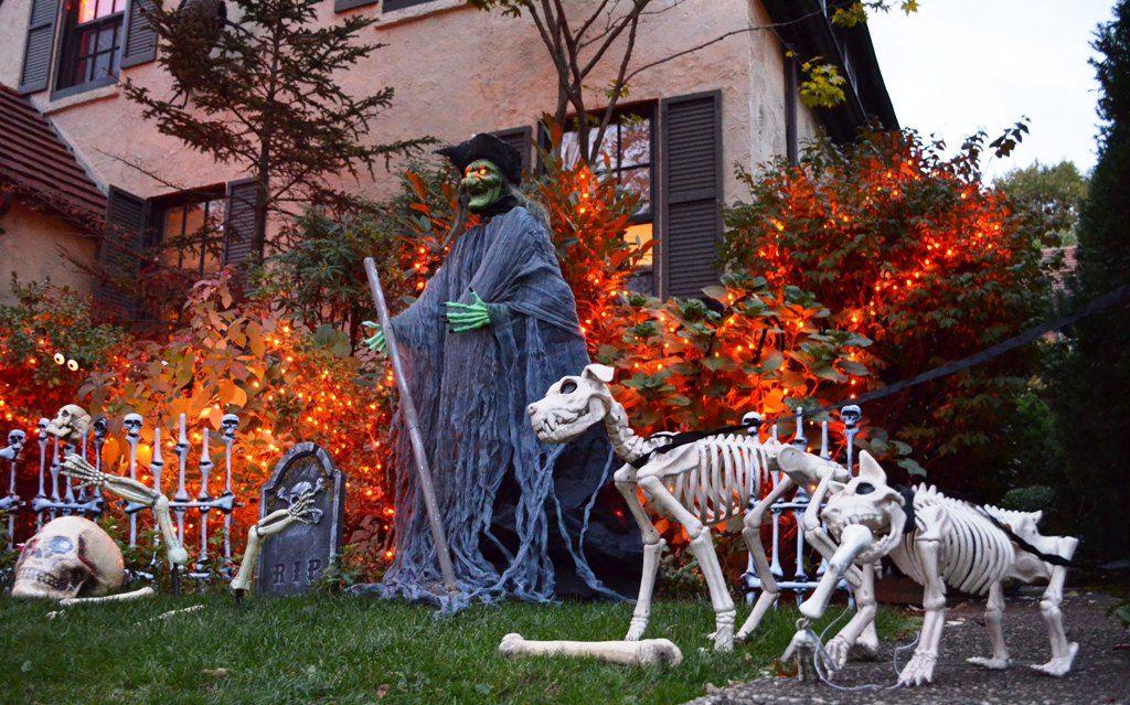 Indoor  Outdoor Halloween Skeleton Decorations Ideas Pinterest