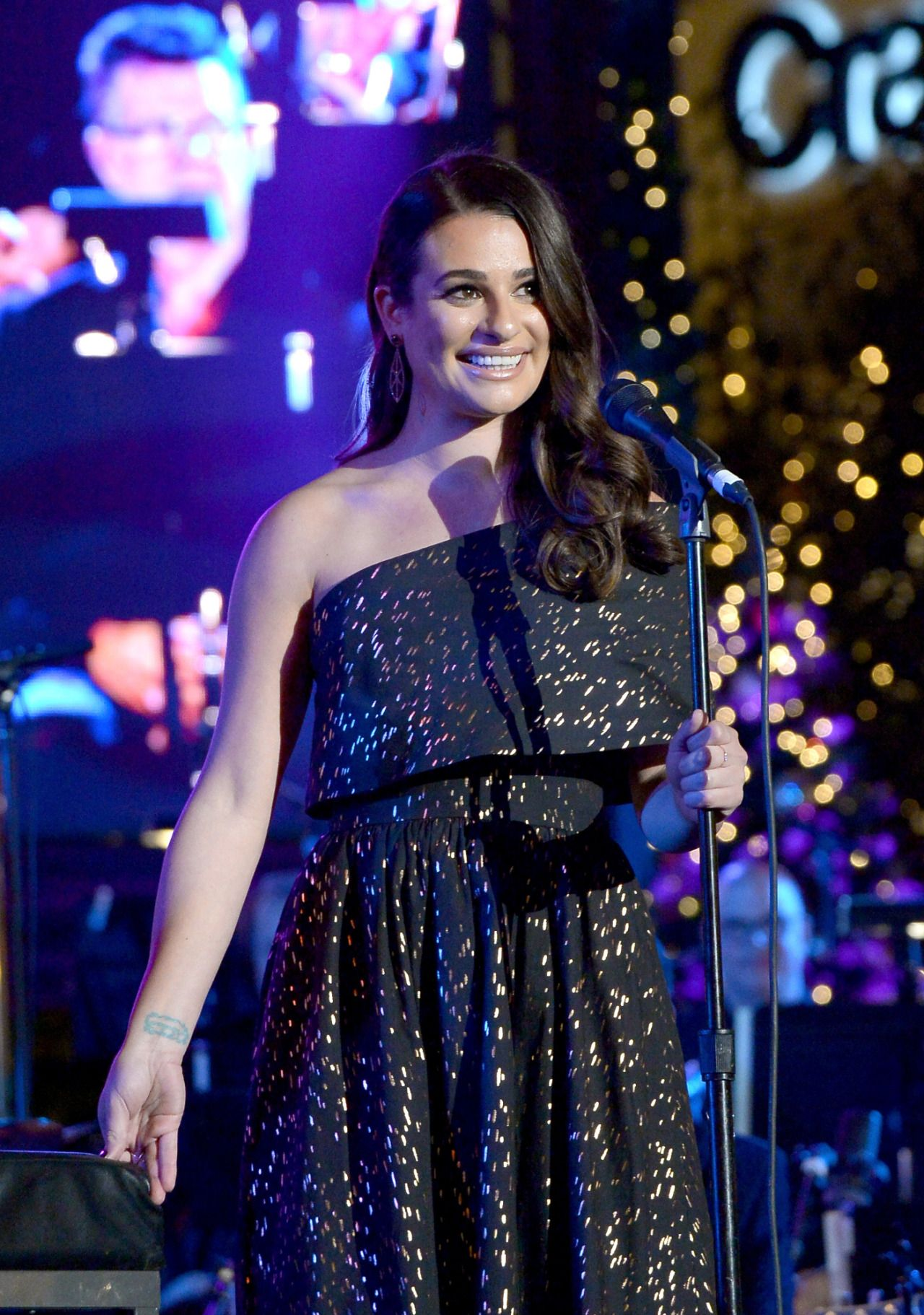 """leamichele-news: """" """"Lea performing at """"The Grove Christmas with Seth ..."""
