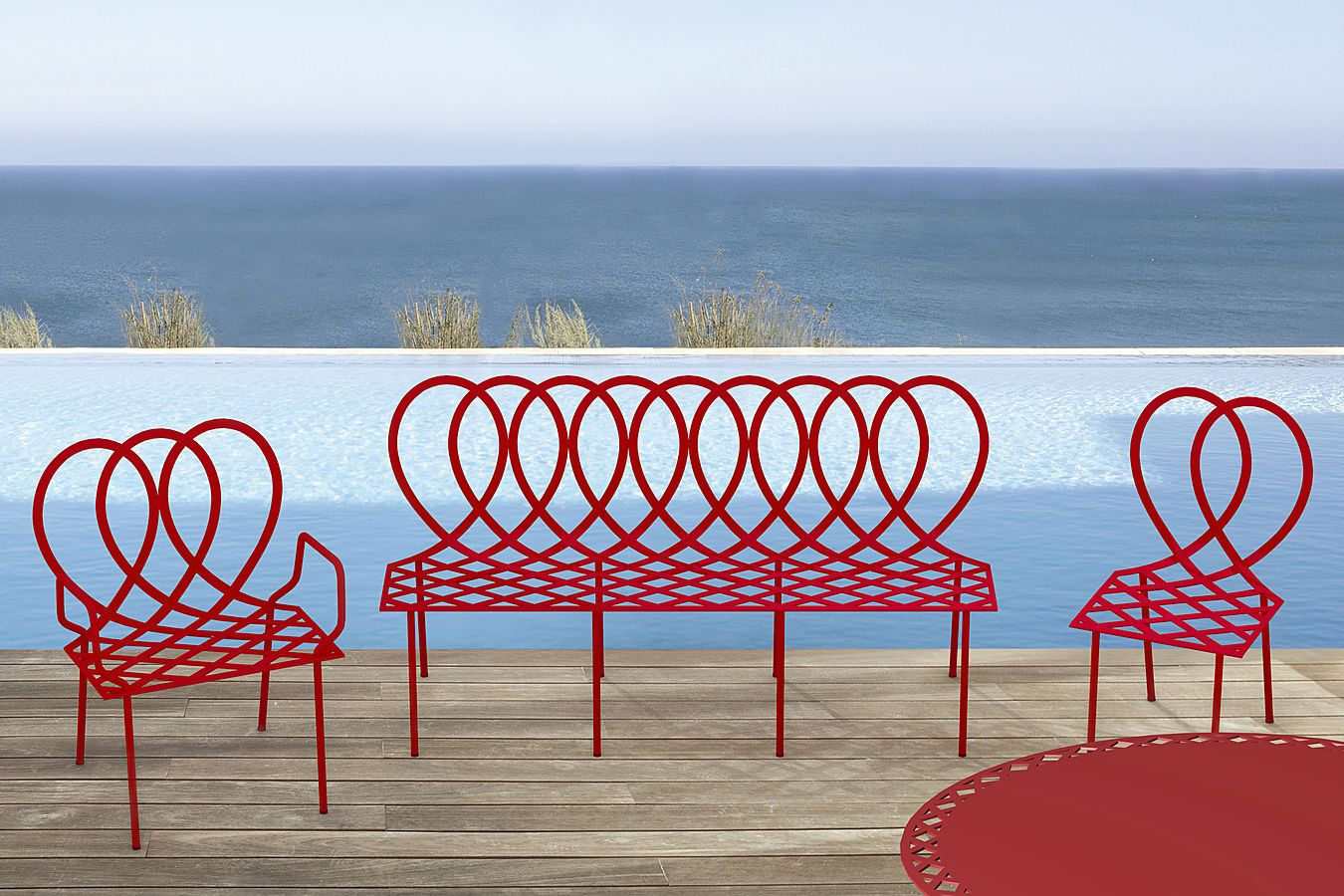 Ribbons of metal draw this furniture in graphic and elegant volutes ...