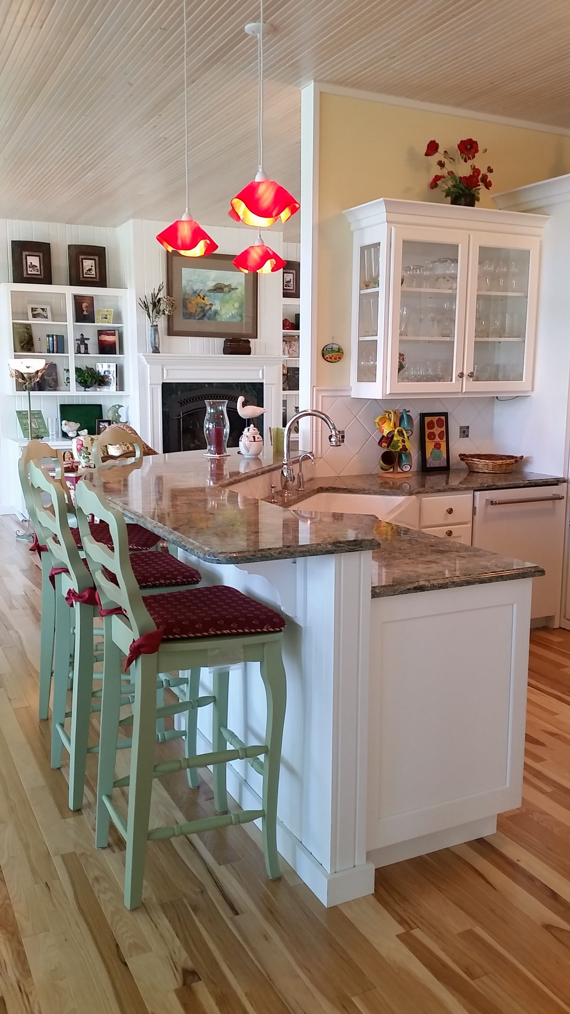 Kitchens New And Remodels Kalamazoo Custom Kitchens And Baths Inc Kitchen Bar Custom Kitchens Kitchen Inspirations