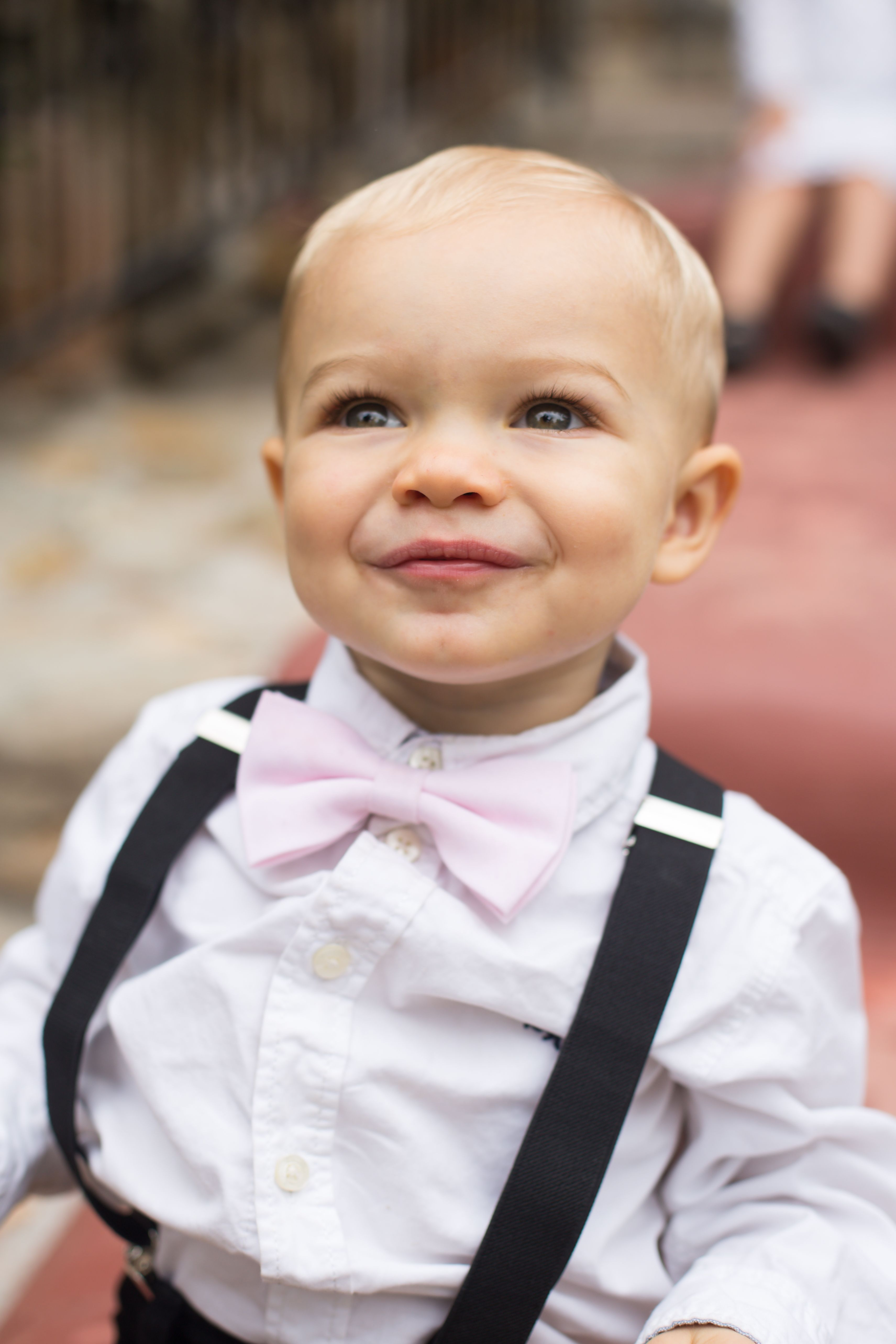ring bearer outfit boys bow tie ring bearer gift ring bearer proposal boys pale grey bow tie and faux leather suspender set ring bearer