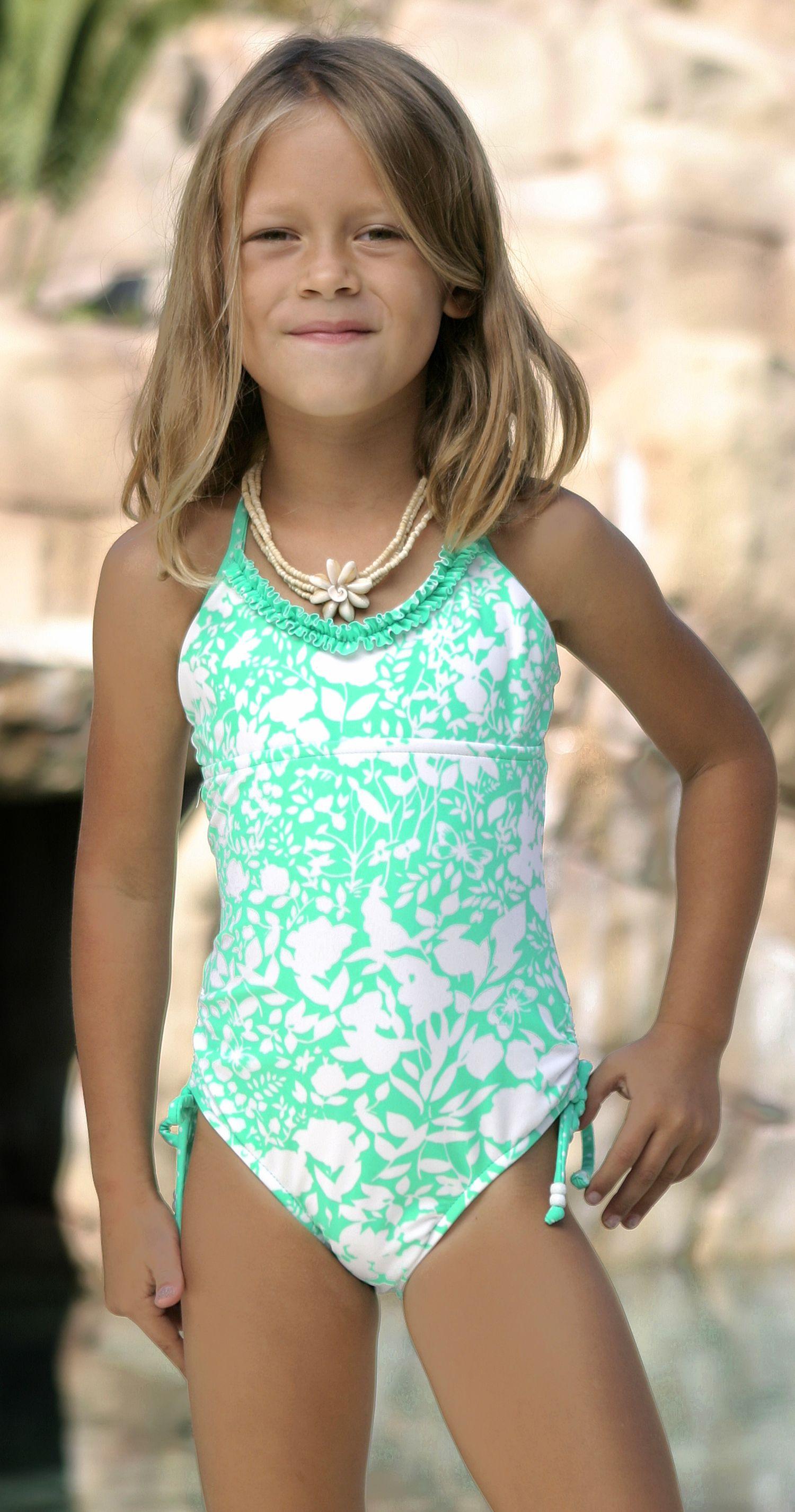 www.pointconception.com Girl's swimwear | 2014 swimwear ...