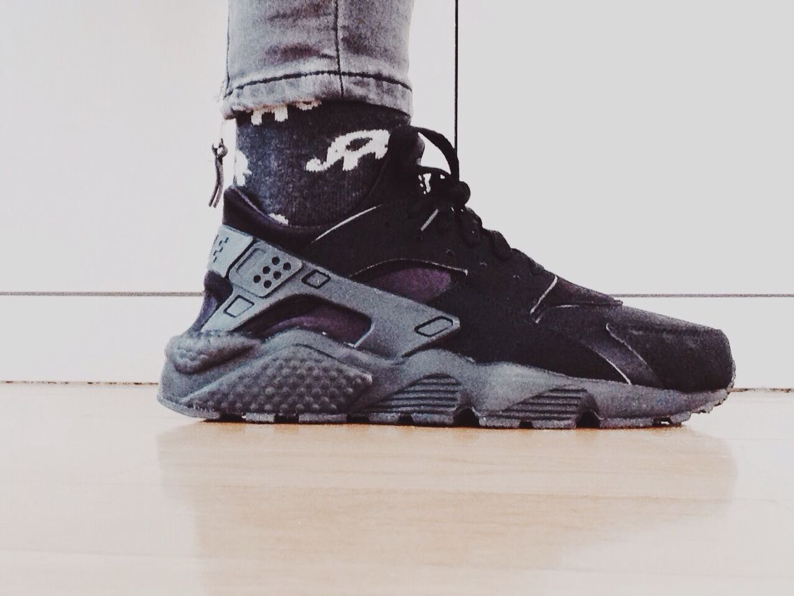 mens nike huarache all black