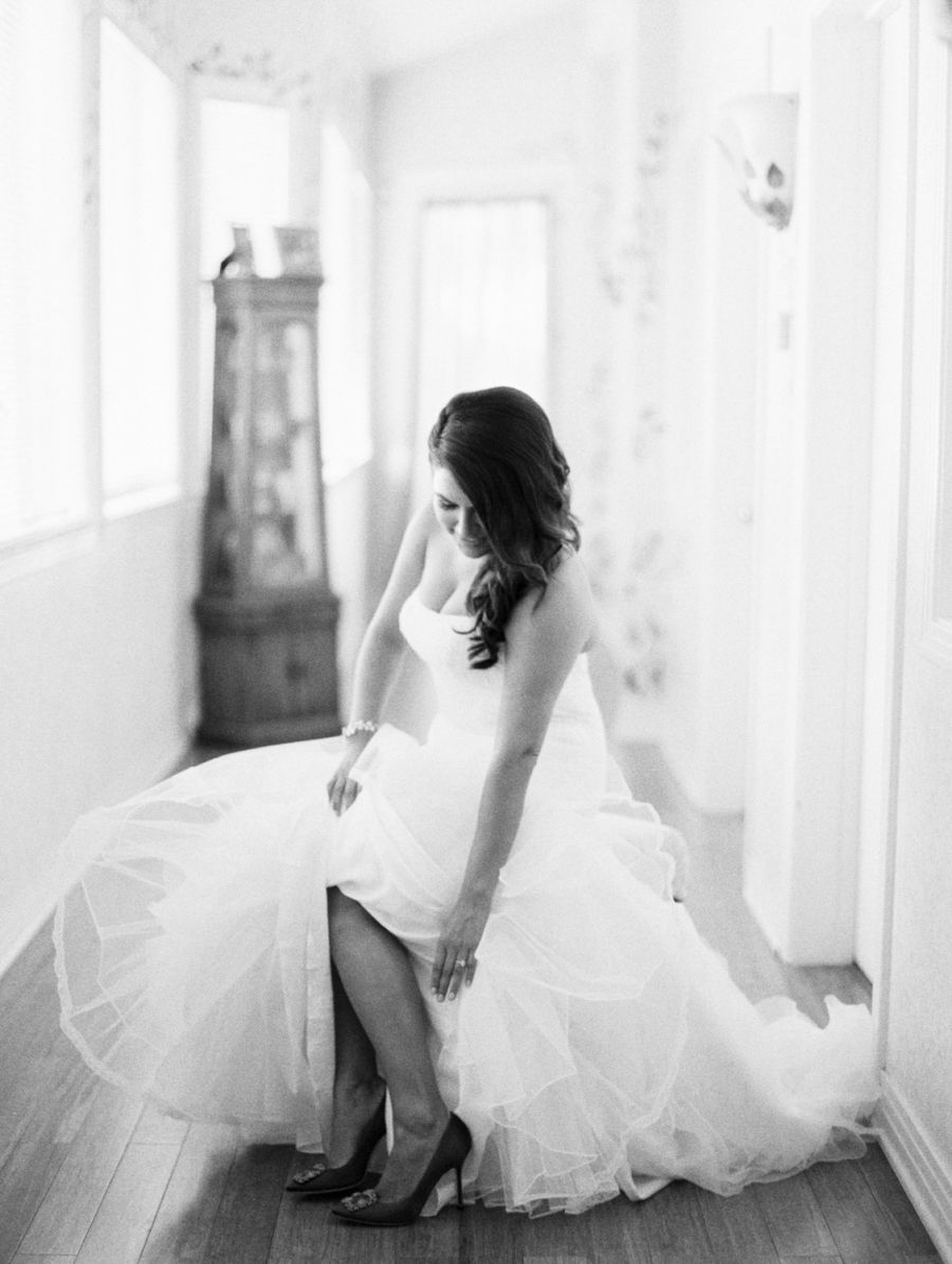 Photography : Jon Cu Photography Read More on SMP: http://www.stylemepretty.com/2016/03/17/a-black-tie-wedding-that-will-up-your-wedding-goals/