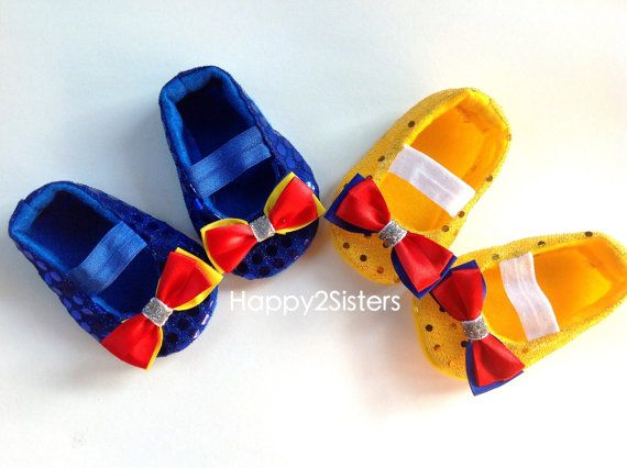 Snow white Baby Shoes - Baby Girl Shoes - Soft soled shoes - Baby Gift - Newborn Shoes - Toddlers Shoes - Snow white baby costumes.