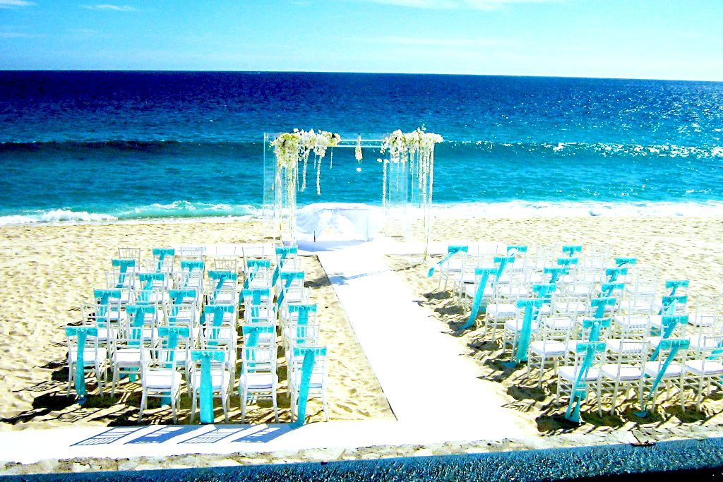 If you choose a beach wedding theme of course for the for Wedding dress for beach ceremony