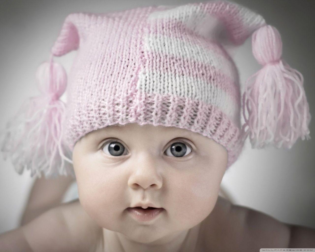 Little baby innocent looks wallpaper HD Wallpapers Rocks