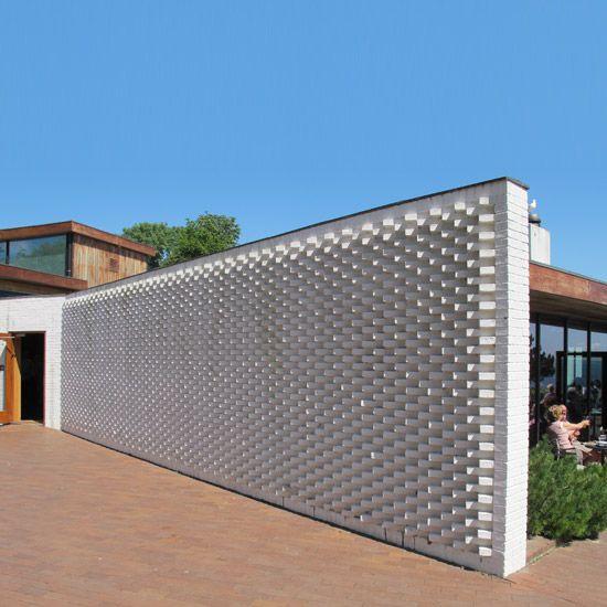 Exteriorhouse Wall Design: The Designer Pad