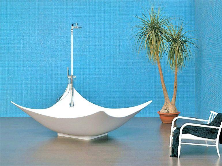 Vasca da bagno centro stanza in Pietraluce® LEGGERA by CERAMICA FLAMINIA design Gilda Borgnini