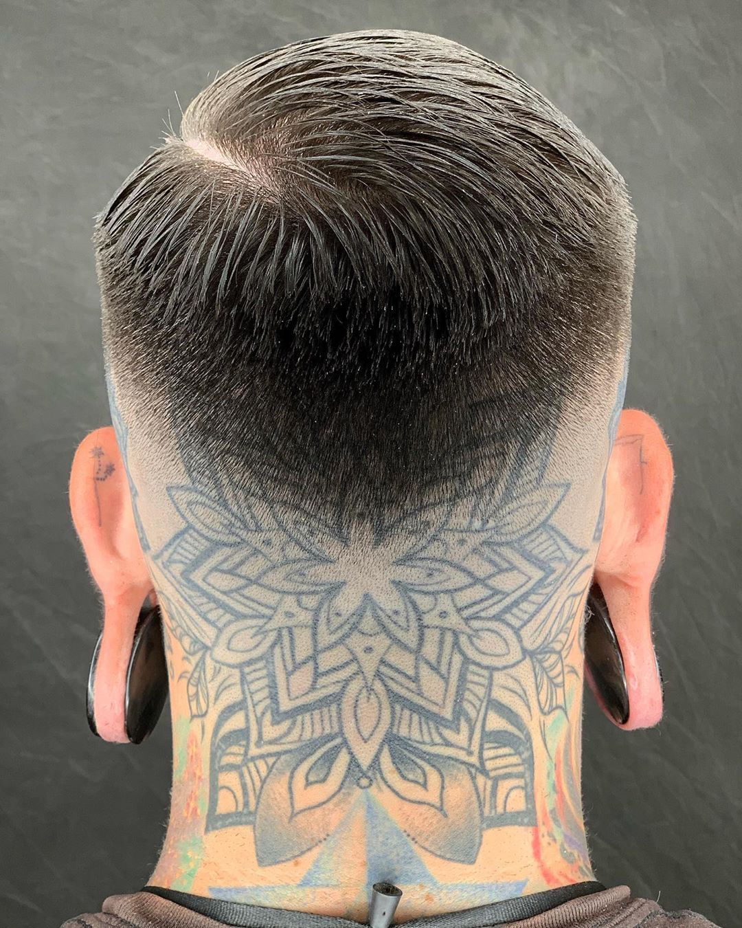 Reuzel Hashtag Auf Instagram Fotos Und Videos Back Of Neck Tattoo Men Back Of Neck Tattoo Neck Tattoo For Guys