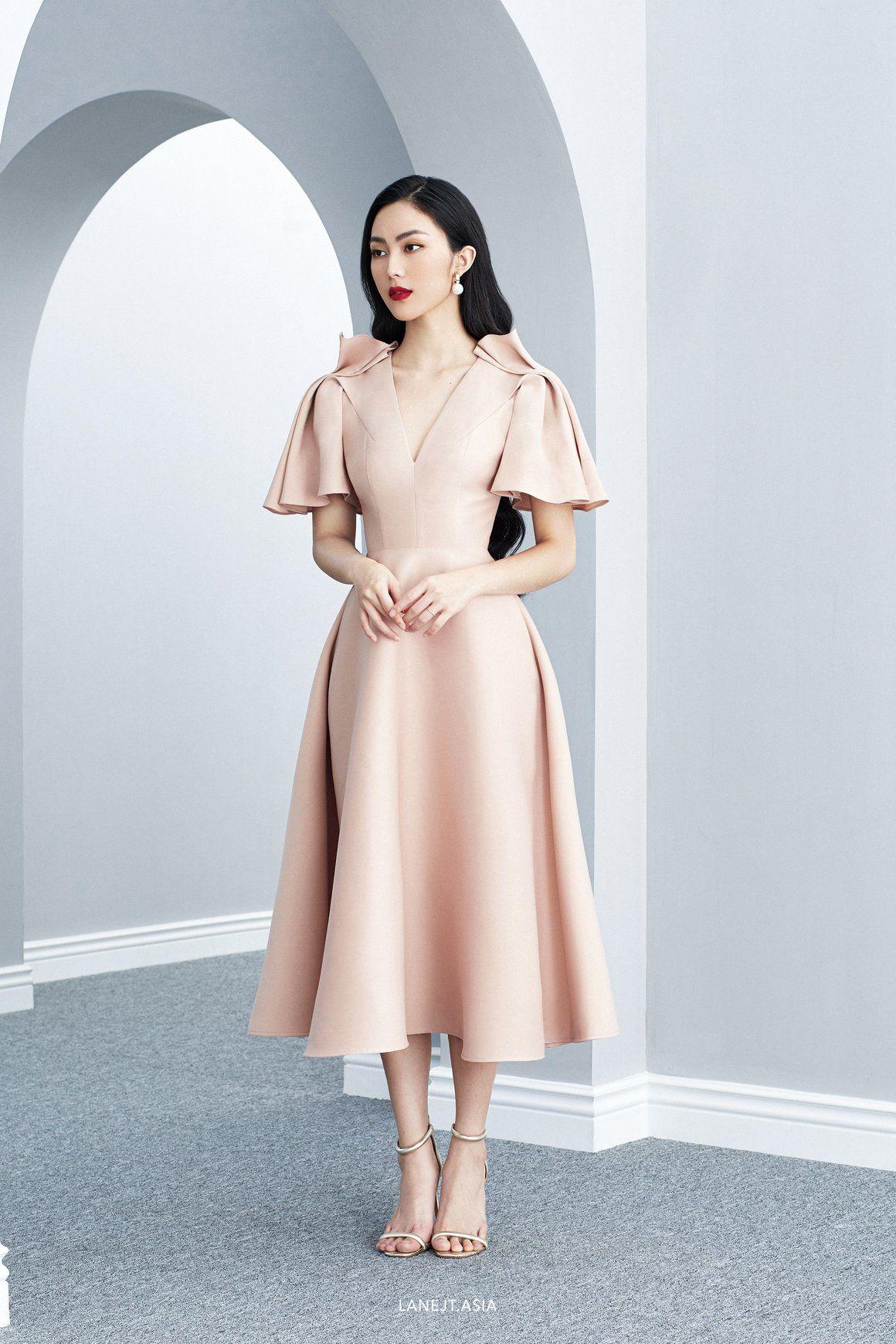 raphaelle pleated shoulder midi dress - lane jt | pakaian
