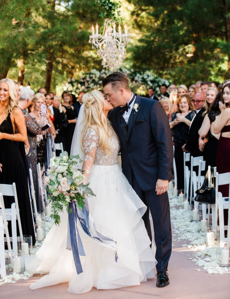 27+ Sabrina wedding dress by hayley paige information