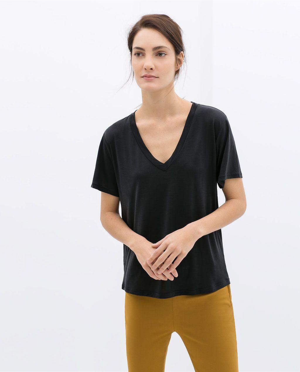 CAMISETA CUELLO PICO de Zara 5618034 | Zara, Zara women, V