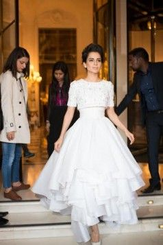 Paris welcomed Kangana Ranant as a Queen | Bollyvision
