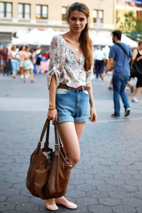976e5ec26016 Ask CF  How Can I Dress Laid-Back but Fashion-Forward