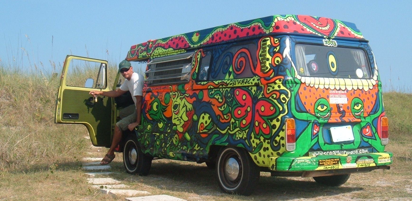 hippie vans whoa hippie van awesome p by. Black Bedroom Furniture Sets. Home Design Ideas