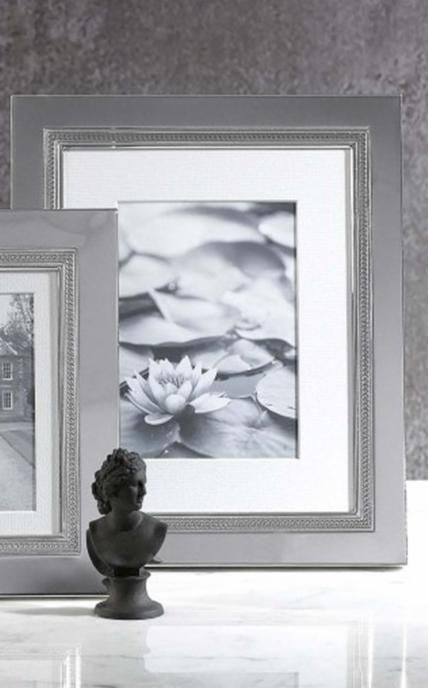 Wedgwood Vera Wang Simply Wish Photo Frames – Cherish memories spent ...