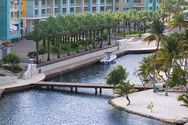 Explore the nooks and crannies of Grand Cayman!