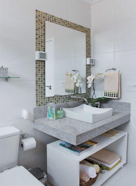 Imagem de http://dicass.com.br/wp-content/gallery/banheiro-pequeno-decoradook/banheiro-pequeno-13.jpg.