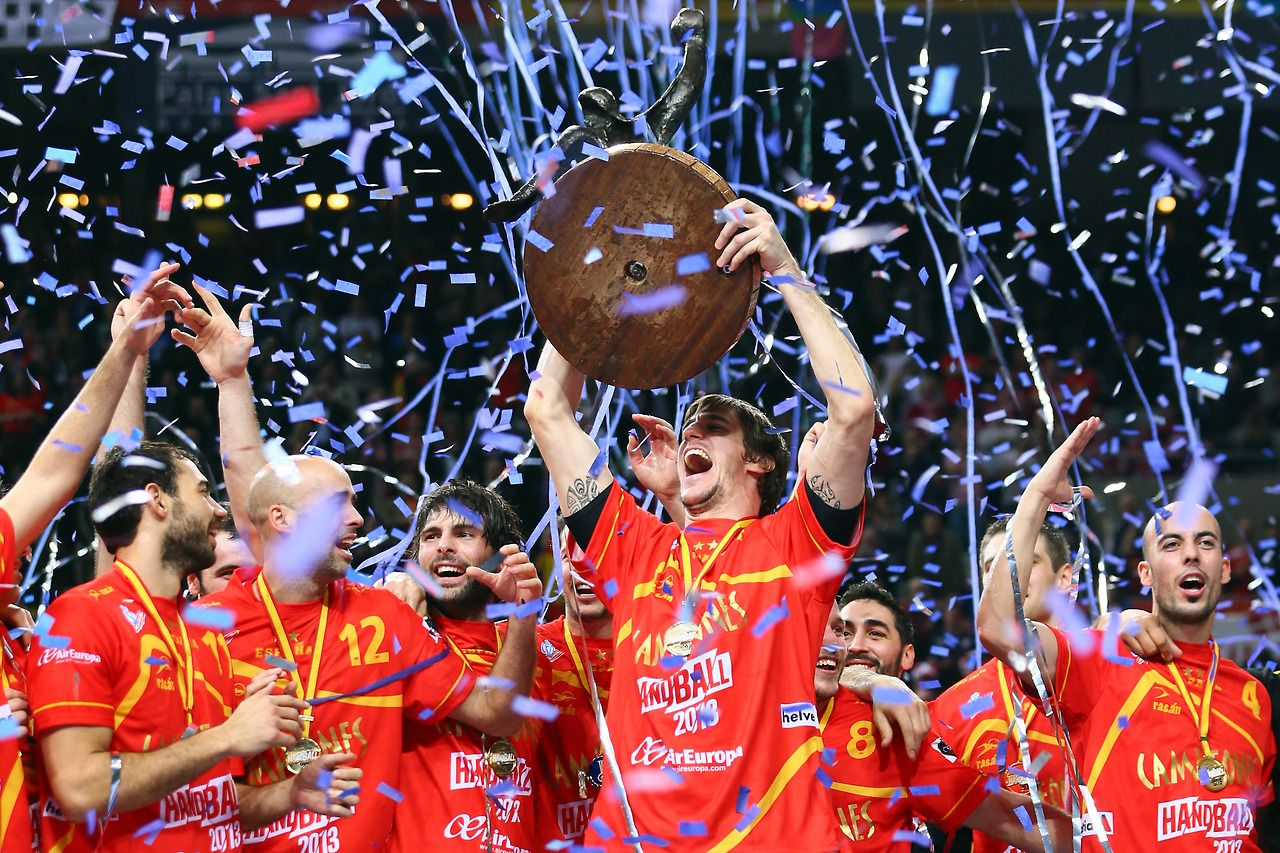 Viran Morros Of Spain Lifts The Trophy On The Podium After Winning The Men S Handball World Championship 2013 Handball World Championship Handball Getty Images