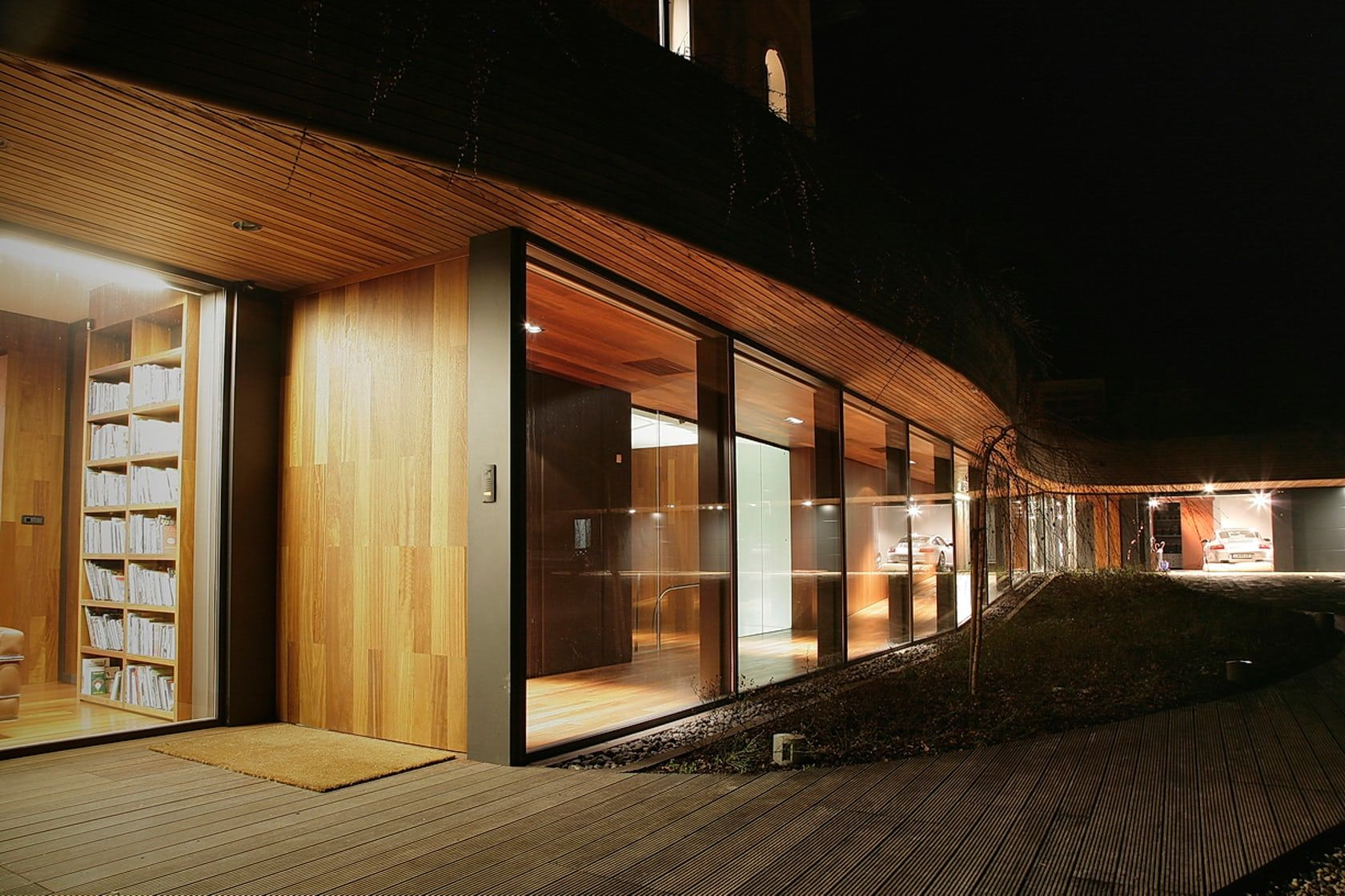 Villa under extension, Bled 2001-2003 The project involves an extension of a 19th-century villa located in a beautiful Alpine resort next to Lake Bled. Both ...