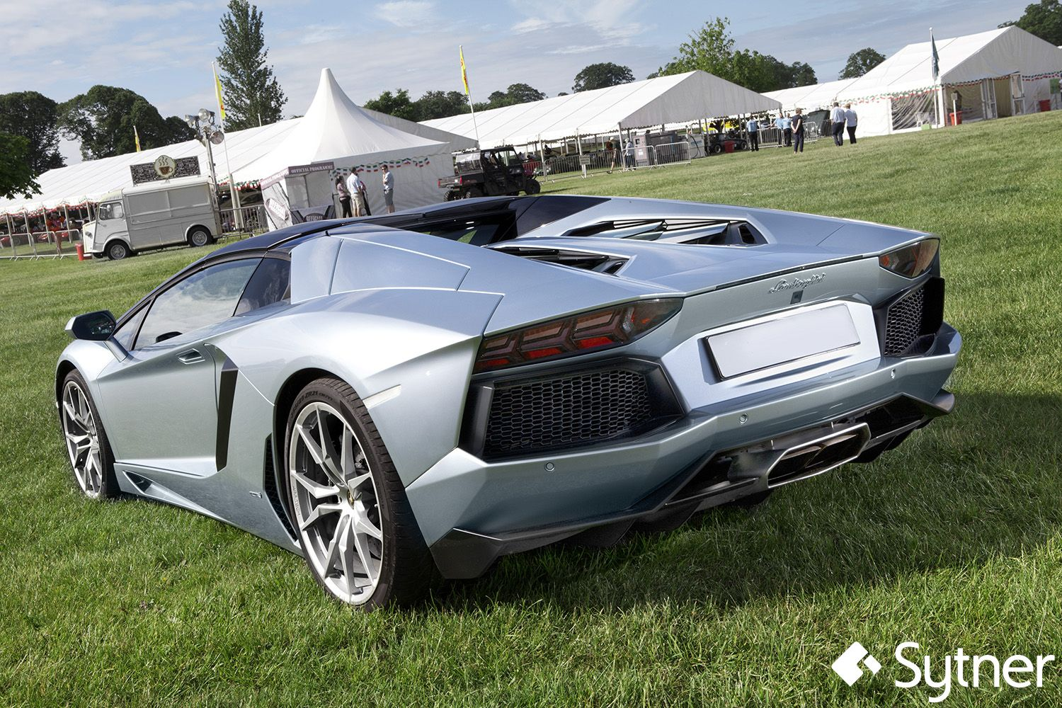 The Stunningly Beautiful Lamborghini Aventador