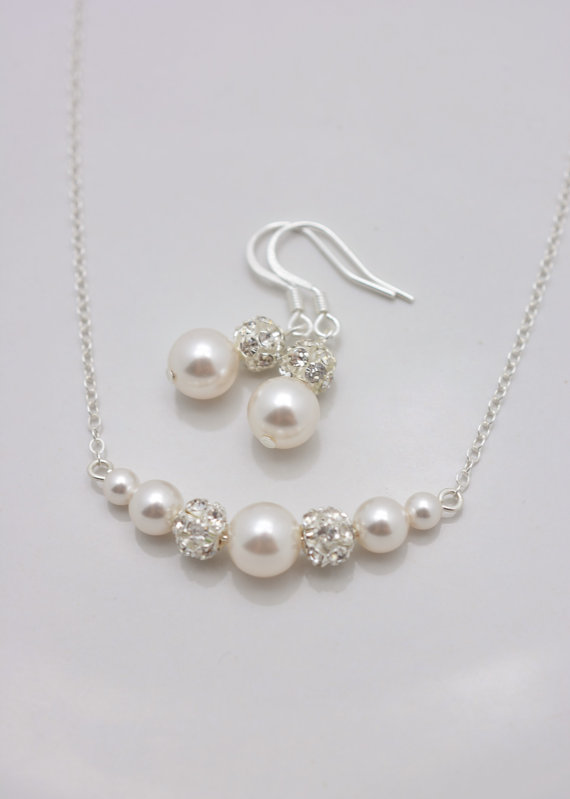 Set of 5 Bridesmaid Necklaces and Earrings, 5 Bridesmaid Pearl Sets, Pearl and Rhinestone Necklace and Earring Sets, Pearl Sets 0347