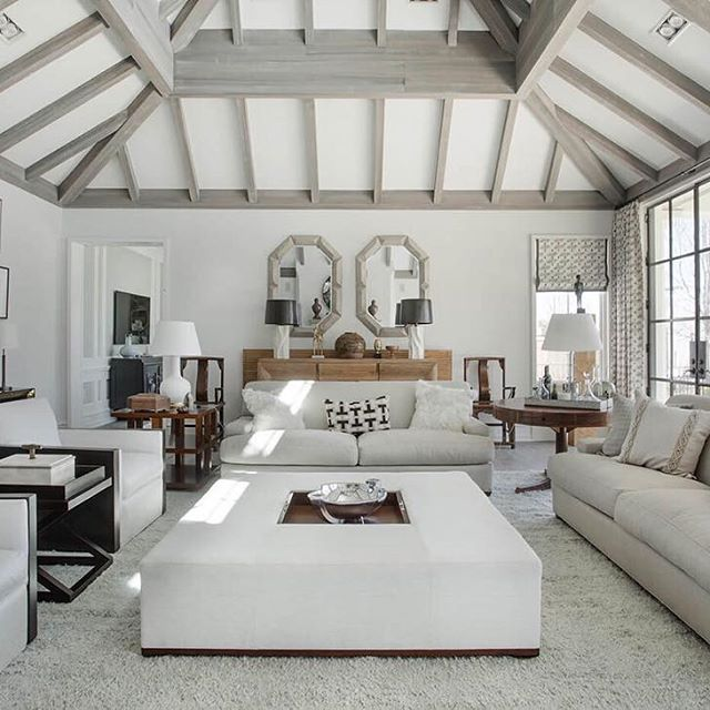 Spectacular Hamptons Beach House Living Room In Sagaponacku2013 #hamptonsstyle  @hamptonsbeachouse