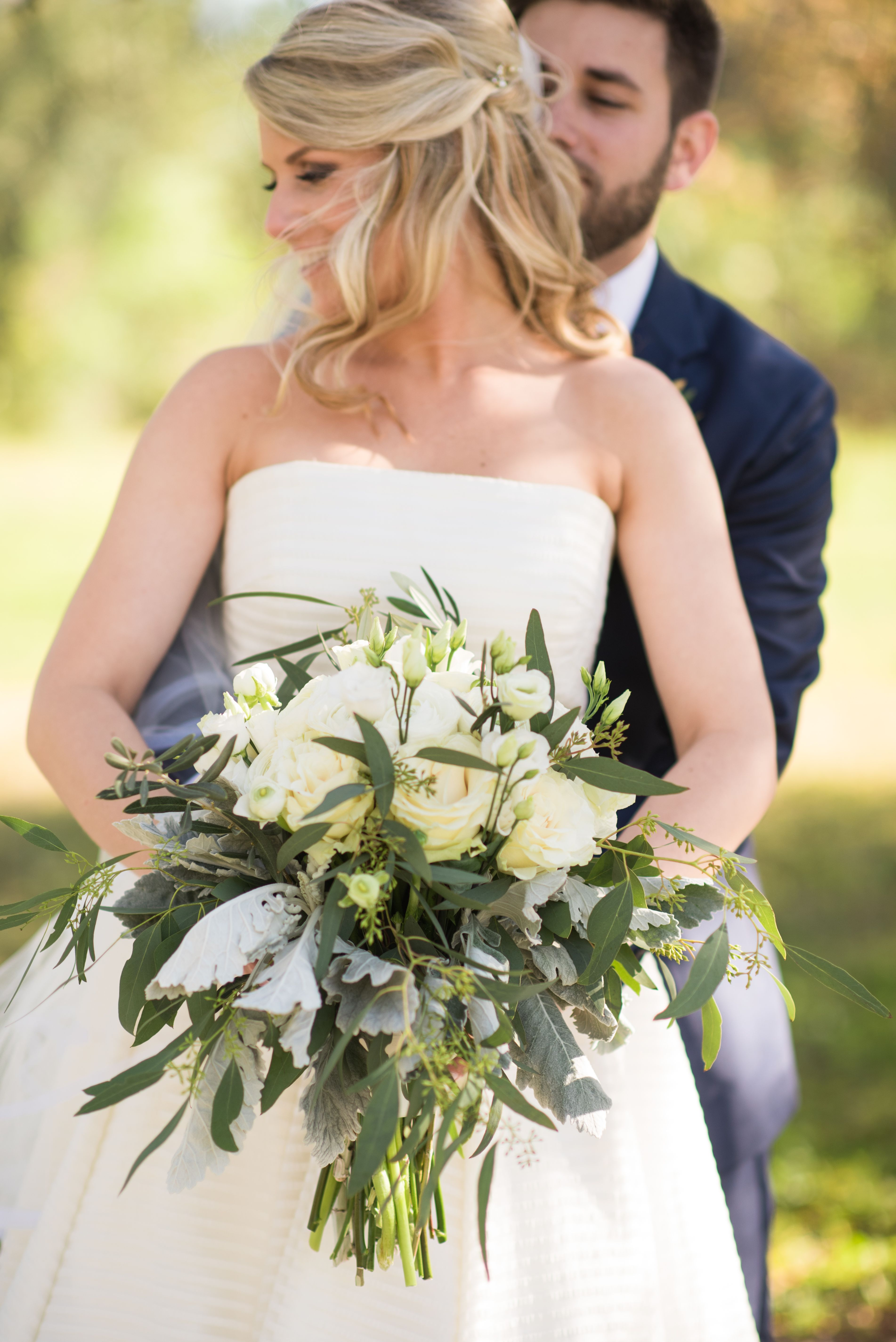 Bridal Bouquet Feat Willow Eucalyptus Lamb S Ear Lisianthus