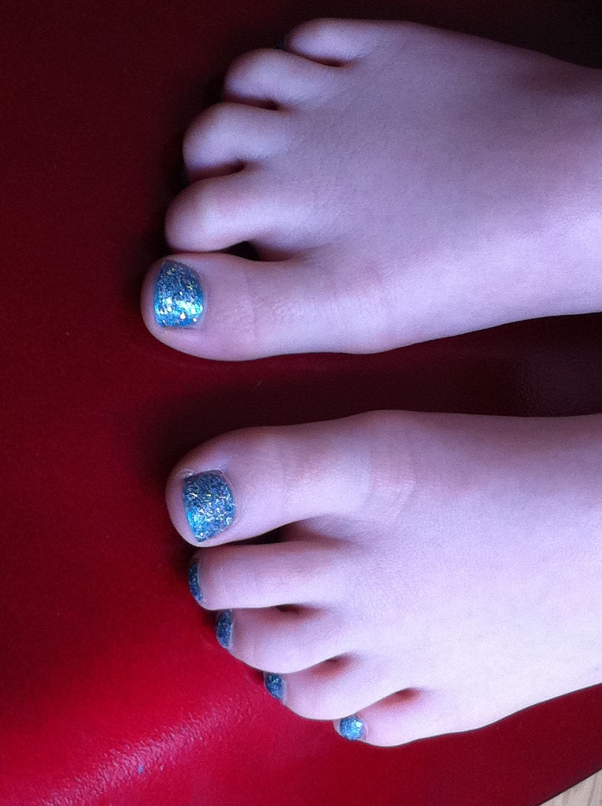 Little rockstar toes!