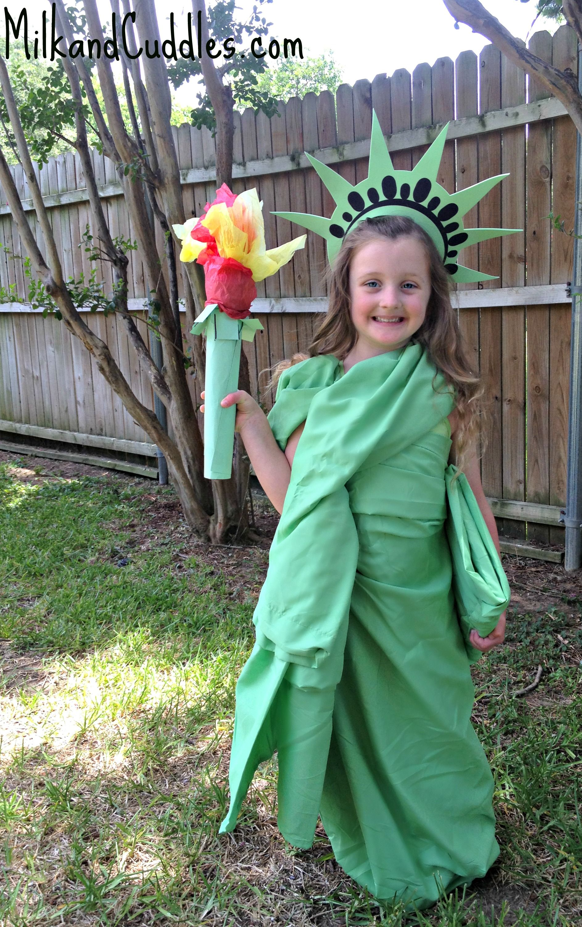 You donu0027t have to wait until Halloween to dress up like Lady Liberty! Keep your history fact sharp and help your kids create a fun new costume with this ...  sc 1 st  Pinterest & Statue of Liberty Craft u0026 Costume | Pinterest | Liberty History ...