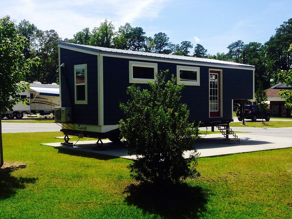A Tiny House Built On A 24 Ft Gooseneck Trailer With An Interior Size Of 240 Sq Ft Available For Sale I Tiny House Towns Tiny House On Wheels House On Wheels