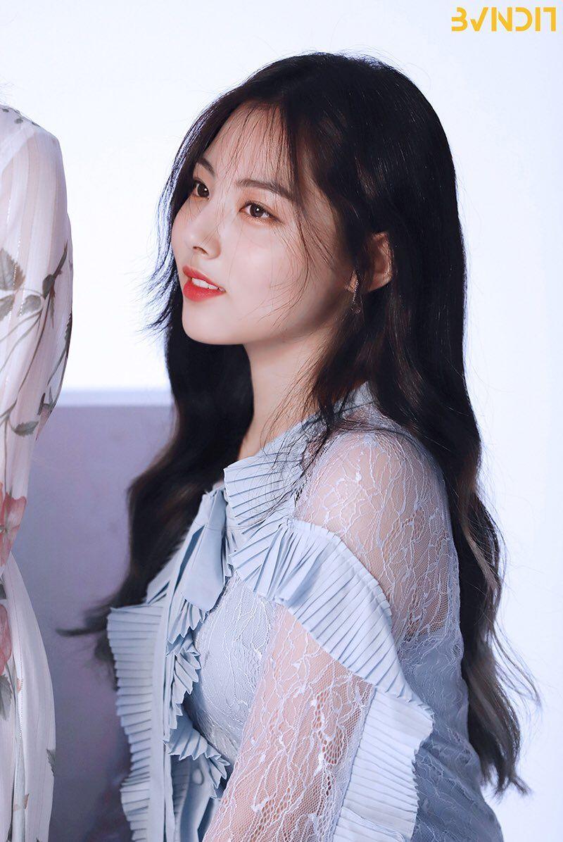 Pin By Mijoobynature On Bvndit In 2020 Kpop Girls Kpop Girl Groups Korean Girl Groups