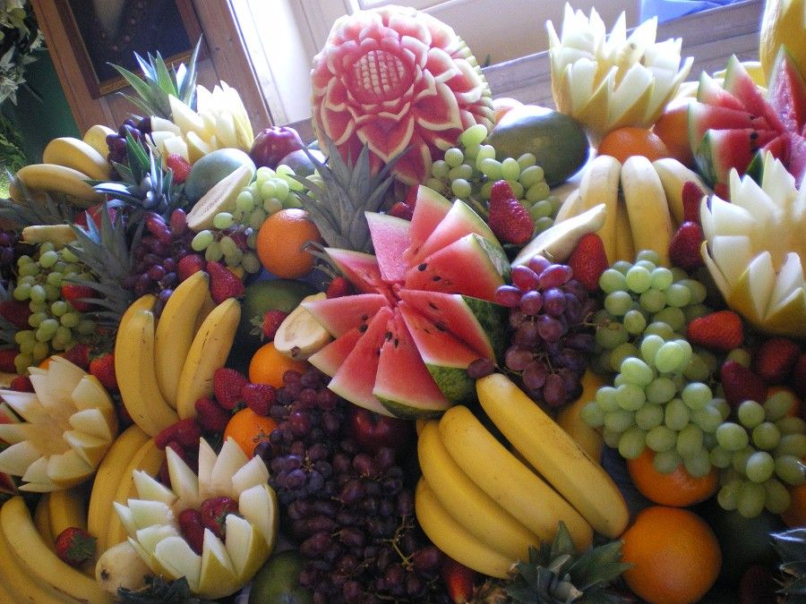 Fruit Displays For Wedding Receptions | Parents Unite