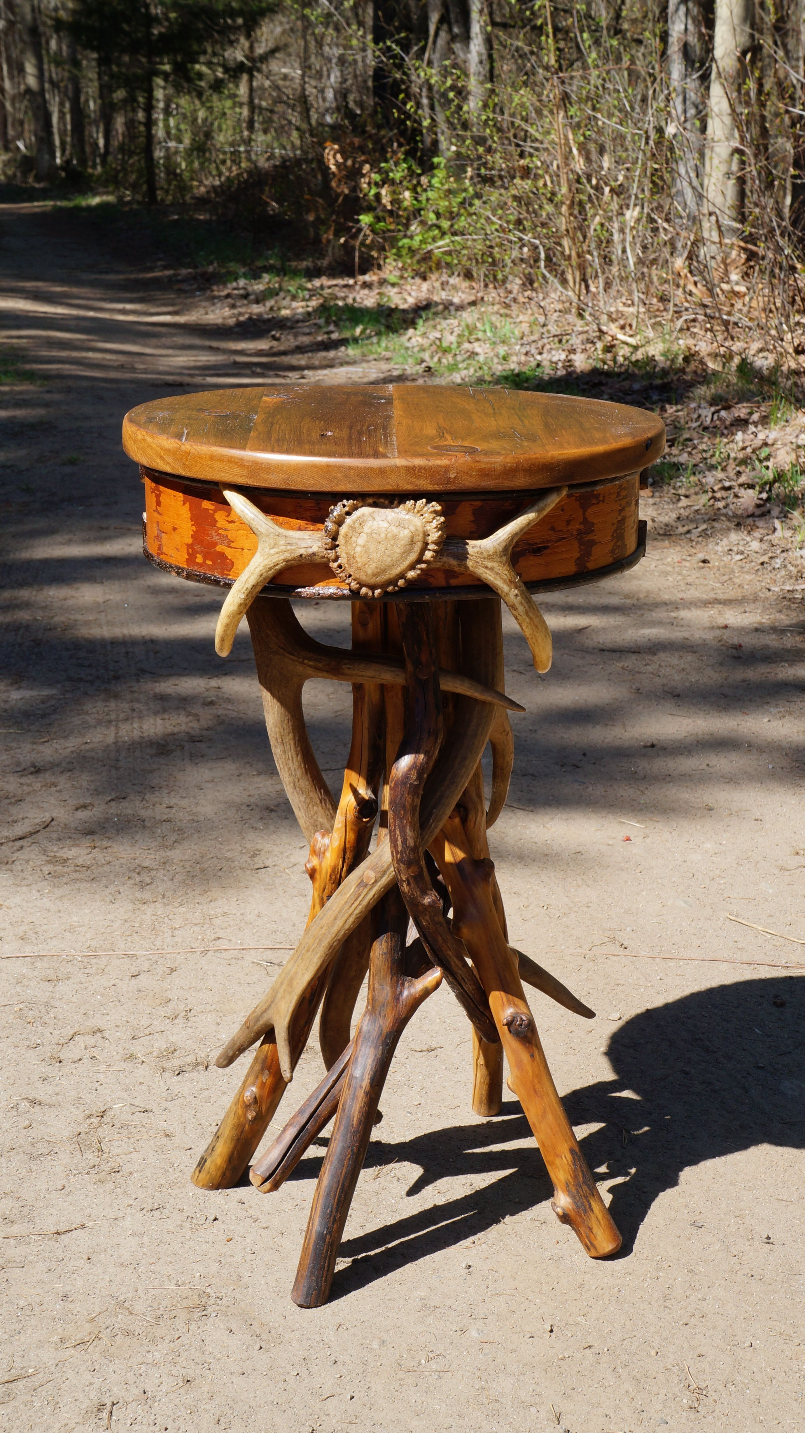 Adirondack Rustic Antler Table. Fun Little Accent Tables That We Love To  Make!