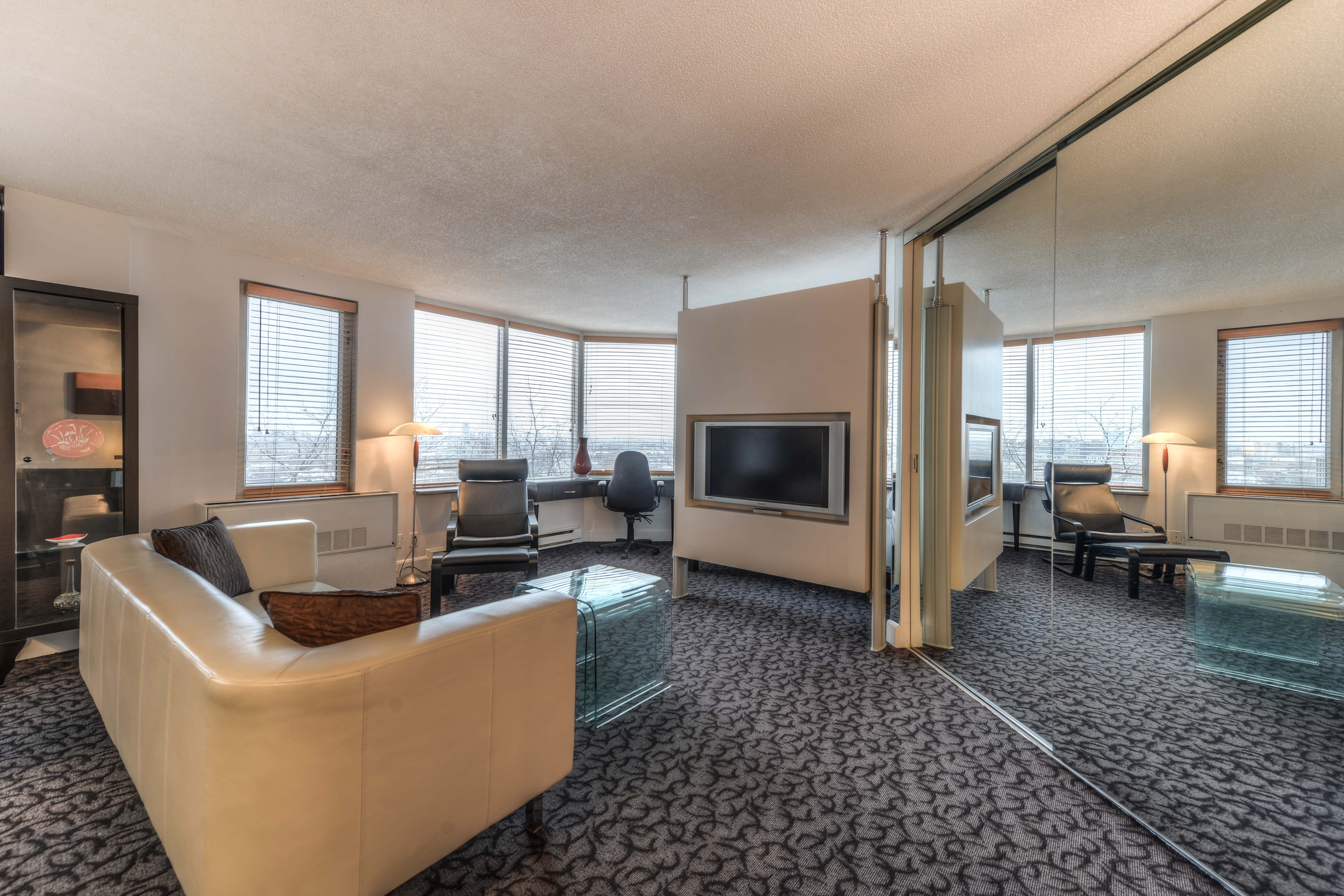 Downtown Montreal Furnished Condo Downtown apartment
