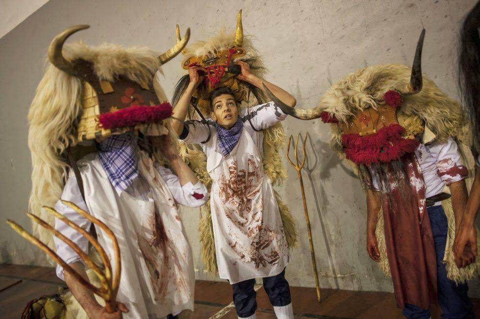 RURAL CONTEMPORÁNEA: Carnavales ancestrales en pueblos de Portugal y España
