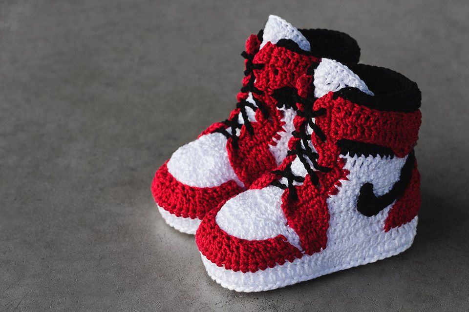 Crochet Sneakers for Babies from Picasso Babe CROCHETS    Virka sneakers för bebisar från Picasso Babe   title=          CROCHETS
