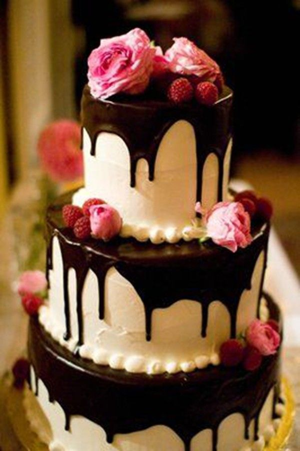 Summer Wedding Cake Should Be Light And Fluffy Such As An Angel Food With