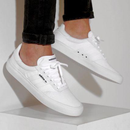 sale retailer 076ba 9e4af adidas - Baskets 3MC Vulc B22705 Footwear White Gold Metallic -  LaBoutiqueOfficielle.com