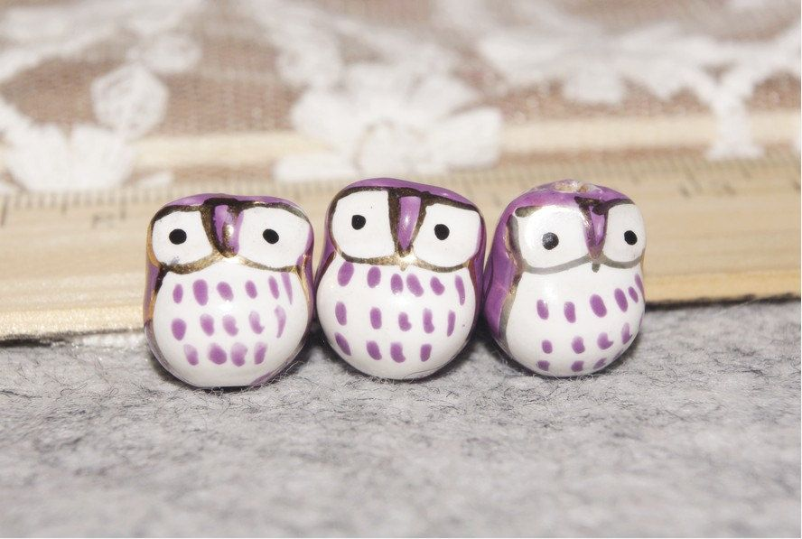 SALE-20 pcs adorable purple little eye owl beads. $5.59, via Etsy.