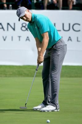 Jordan Spieth wearing Under Armour Ua Braided Golf Belt, Under Armour Match  Play Golf Pants