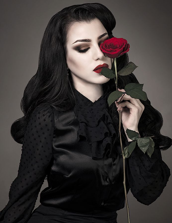 lady rose   Girl   Goth   picture   Photography …   Painting the ... fa81d91af0