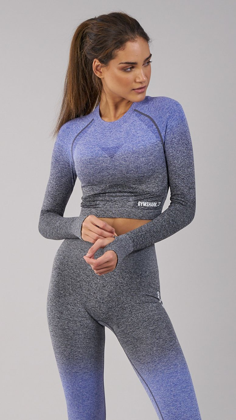 1b9946e4286e49 The Gymshark Ombre Seamless Crop Top comes complete with thumbholes and  printed logo detailing to the hem and upper back. Coming soon in Indigo and  Black.