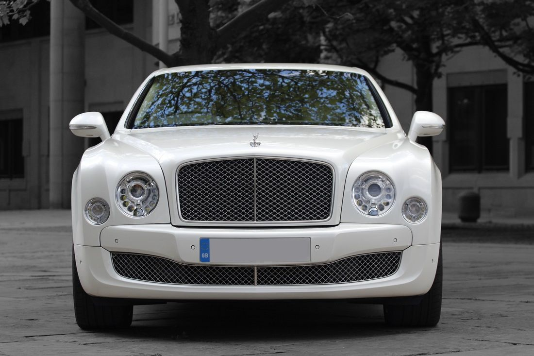 Have You Tried Luxurious Travel With Limo Hire Newcastle Uk Luxury Car Hire Luxury Travel Rolls Royce