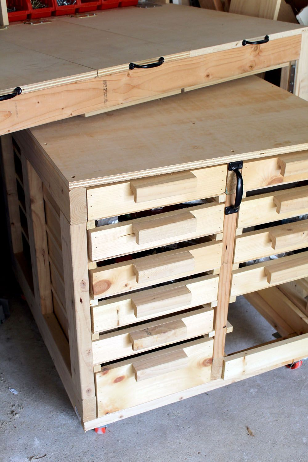 Diy Garage Storage Ideas With Images Workbench With Drawers