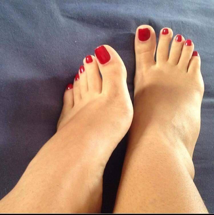 Красивые пальцы ног девушек фото в контакте, стриптиз эротика смотреть