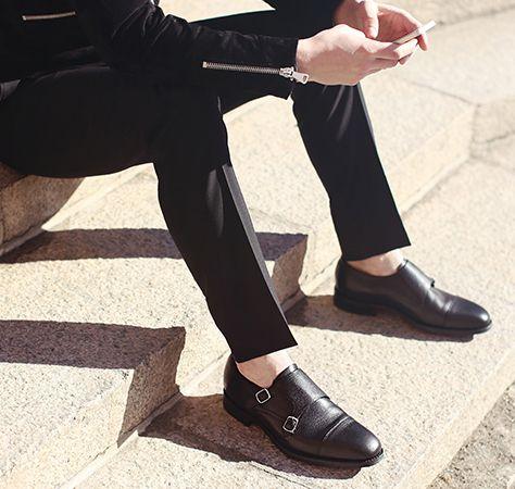 Swedes wear black: http://fashionisland.se/en/fashionisland-